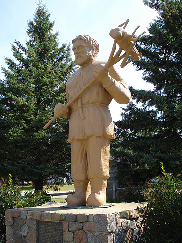 Statue of St. Urho in Minnesota